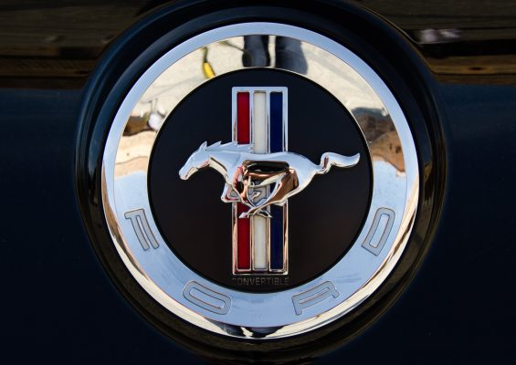 Ford-Mustang_web