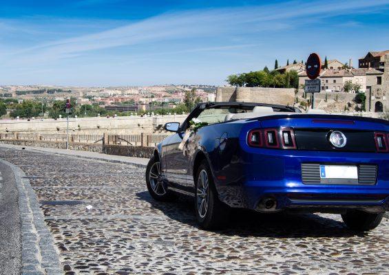 Mustang Trasera-y-Puente